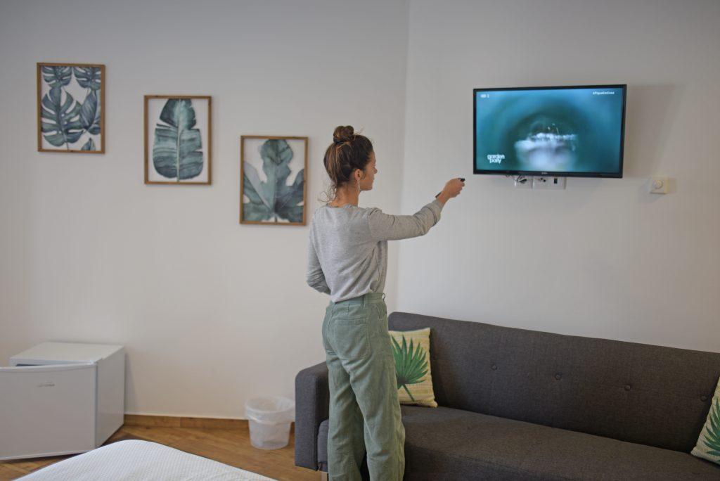 private room tv
