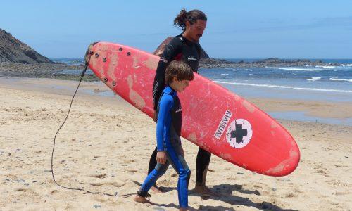 surf-lesson-kids